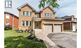 32 Eric Clarke Drive, Whitby, ON, L1R 2H9