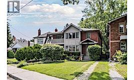 15 Taylor Drive, Toronto, ON, M4C 3B4