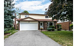 8 Deerfield Court, Whitby, ON, L1N 5V1
