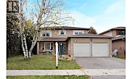 106 Robinson Crescent, Whitby, ON, L1N 6W5