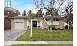37 North Keewatin Street, Oshawa, ON, L1G 6M7