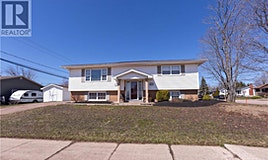 139-139-141 Hennessey, Moncton, NB, E1A 4W9