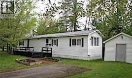 2 Pinetree, Moncton, NB, E1H 2Z6