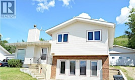 11501 103 Street, Peace River, AB, T8S 1S4
