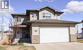 34 Pinnacle Point Point, Grande Prairie, AB, T8W 2Y7