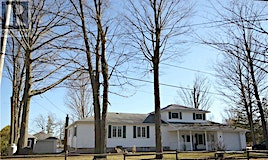 18 Edgewater Drive, Smith-Ennismore-Lakefield, ON, K0L 1T0