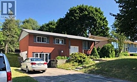52 Rennie Drive, Kitchener, ON, N2A 1J5