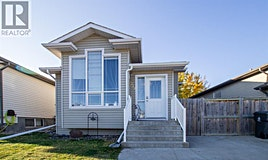219 Heritage Court Court West, Lethbridge, AB, T1K 7Y5