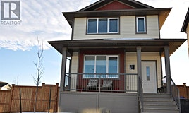 22 Country Meadows Boulevard West, Lethbridge, AB, T1J 5J4