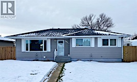 1022 Henderson Lake Boulevard South, Lethbridge, AB, T1K 3B2