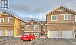 213 Lettice Perry Route, Lethbridge, AB, T1H 6Z3
