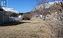 22730 9 Avenue, Crowsnest Pass, AB, T0K 1C0