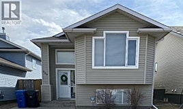586 Squamish Lane West, Lethbridge, AB, T1K 7Z9