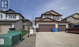 761 Silkstone Close West, Lethbridge, AB, T1J 4B9