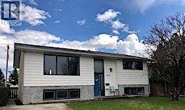 1129-1129 27 A Street North, Lethbridge, AB, T1H 3Y5