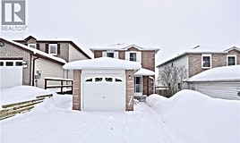61 Browning Trail, Barrie, ON, L4N 5A5