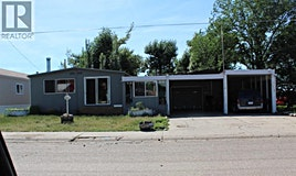 313 4 Street West, Bow Island, AB, T0K 0G0
