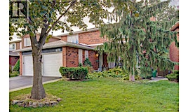 762 Woburn Woods Lane, Mississauga, ON, L5C 4M9