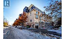 36 Stadium Road, Toronto, ON, M5V 3P4