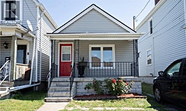 92 Frederick Avenue, Hamilton, ON, L8H 4K6