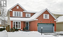 7 Chatham Gardens, Ottawa, ON, K2J 3L8