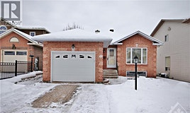 14 Black Rivers Place, Ottawa, ON, K2M 2E2