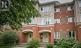 64 Metropole Private, Ottawa, ON, K1Z 1G1