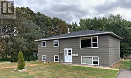 8-10 Lincolnwood Drive, Charlottetown, PE, C1A 6H5