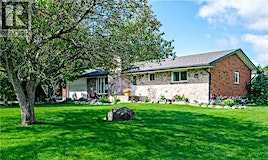 820 Maple Drive, Smith-Ennismore-Lakefield, ON, K0L 1T0