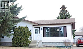 1653 6th Avenue, Wainwright, AB, T9W 1J6