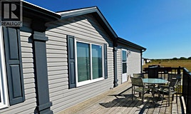 11 Meadowplace Manor East, Brooks, AB, T1R 0W9