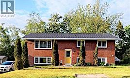 30-32 Fairview Drive, Fredericton, NB, E3C 1L1