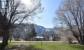 424 10th Avenue, Keremeos, BC, V0X 1N3