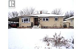 1018 Grace Street, Moose Jaw, SK, S6H 3C3
