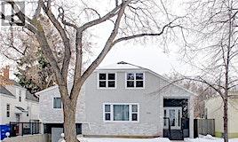 305 S Mckinnon Avenue, Saskatoon, SK, S7N 1J5