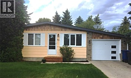 90 Churchill Drive, Saskatoon, SK, S7K 3X4