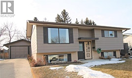 286 Lister Kaye Crescent, Swift Current, SK, S9H 4J7