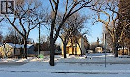 321 S P Avenue, Saskatoon, SK, S7M 2W3