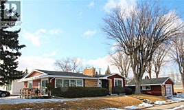 631 North Hill Drive, Swift Current, SK, S9H 1X3