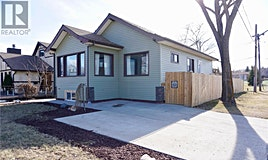 709 N M Avenue, Saskatoon, SK, S7L 2S9