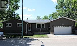 1820 Coteau Avenue, Weyburn, SK, S4H 2X4