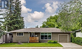 317 Ruth Street E, Saskatoon, SK, S7J 0L2