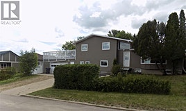 616 6th Avenue SE, Weyburn, SK, S4H 2Z4