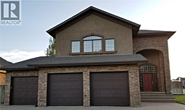 700 Balmoral By, Swift Current, SK, S9H 5M9