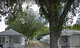 826 H Avenue N, Saskatoon, SK, S7L 2C2