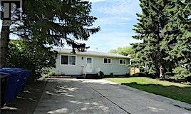 229 Mowat Crescent, Saskatoon, SK, S7L 4Y1
