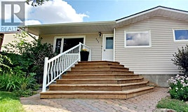 377 8th Avenue NW, Swift Current, SK, S9H 0Z9