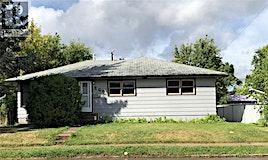 208 13th Street E, Prince Albert, SK, S6V 1C9