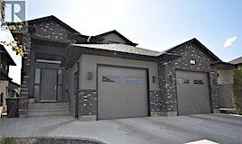 15 Wright Mnr, Saskatoon, SK, S7N 4T6