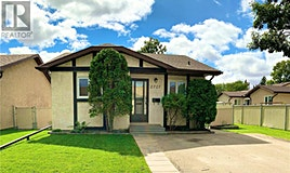 2727 Meadow Lane E, Regina, SK, S4V 1L7